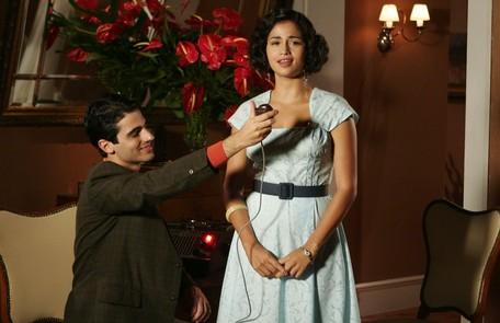 Como Dolores Duran no especial 'Por toda a minha vida', exibido em 2008 Willian Andrade/TV Globo