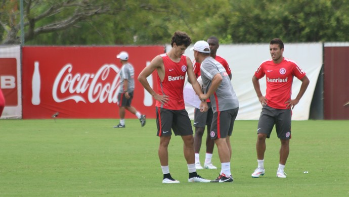 Rodrigo Dourado Diego Aguirre Inter (Foto: Eduardo Deconto/GloboEsporte.com)