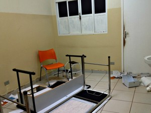 Paciente invade unidade de saúde e quabra consultório em MS (Foto: Tatiane Queiroz/ G1 MS)