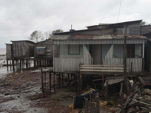 Desde 2010, já foram retiradas da área 120 famílias (Foto: Dyepeson Martins/G1)