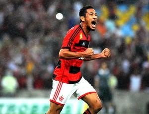 Hernane gol Flamengo contra Goiás Copa do Brasil (Foto: André Durão / Globoesporte.com)