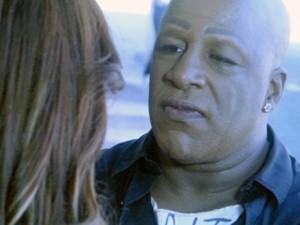 Xana fica sem jeito ao saber que Naná pretende se casar com Antônio (Foto: TV Globo)
