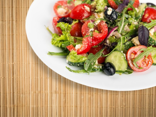 Acompanhe as receitinhas com um prato de salada (Foto: Divulgação)