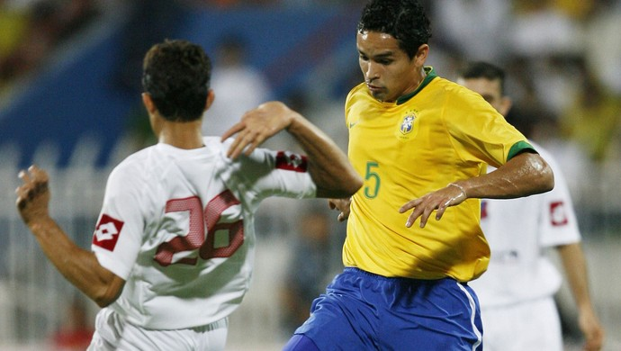 Dudu cearense brasil kuwait amistoso 2006 (Foto: Agência Reuters)