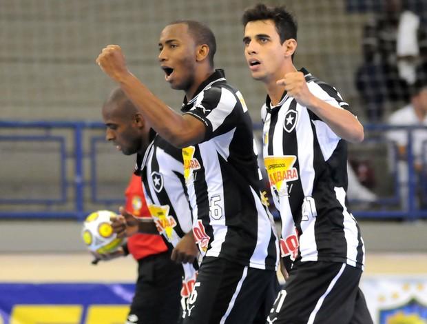 Botafogo e Cascavel, Taça Brasil de Futsal (Foto: Luciano Bergamaschi/CBFS)