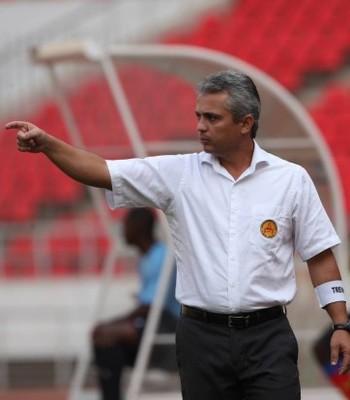 Alexandre Grasseli, novo técnico do Rio Branco-ES (Foto: Divulgação/Rede Angola)