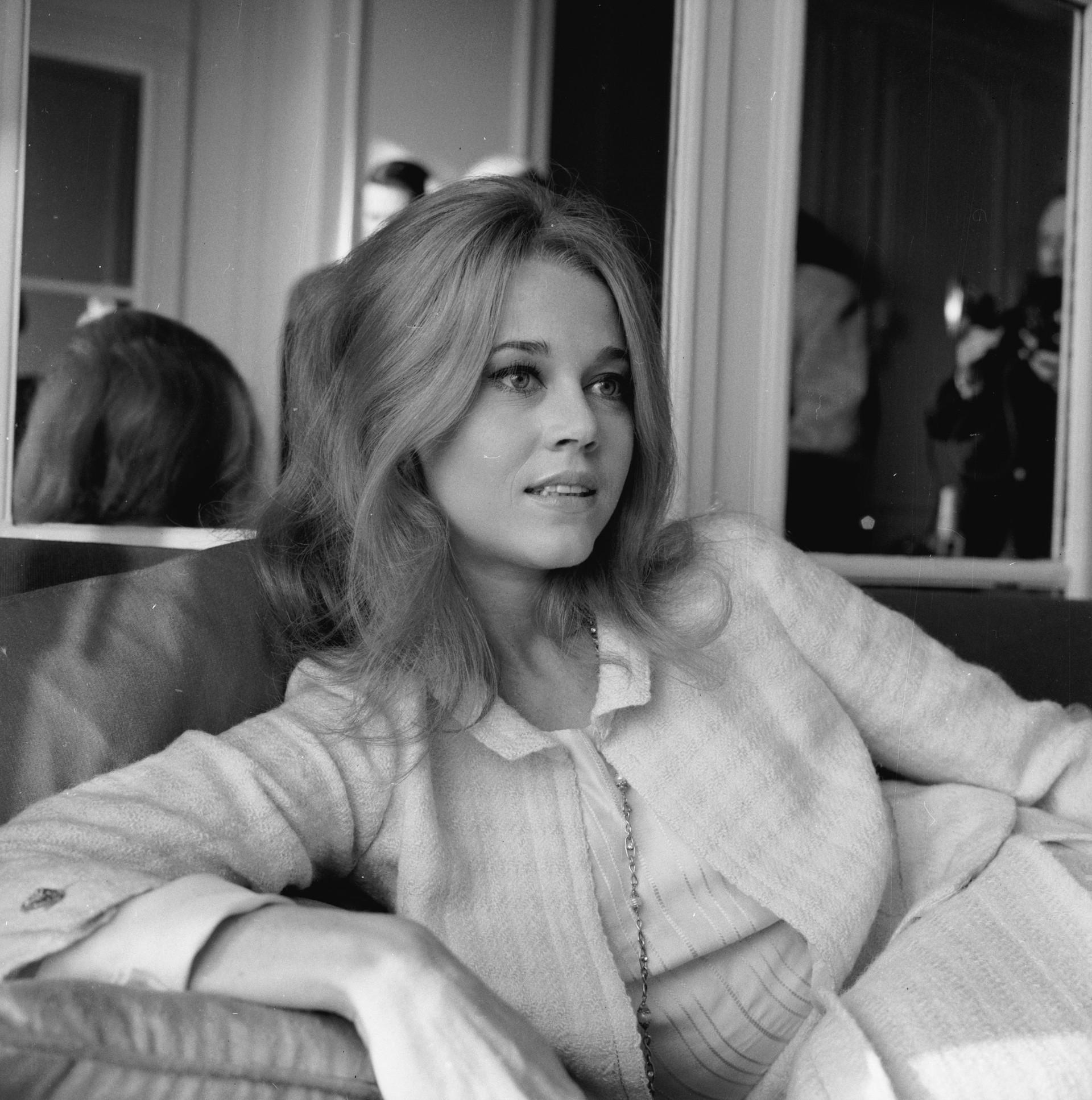 """A atriz venceu um câncer de mama e, posteriormente, escreveu em seu blog: """"Nós identificamos a doença cedo e foi, como eu disse, não invasiva. Quero agradecer meus amigos e fãs que me escreveram belíssimas cartas – elas significaram muito para mim"""". (Foto: Getty Images)"""