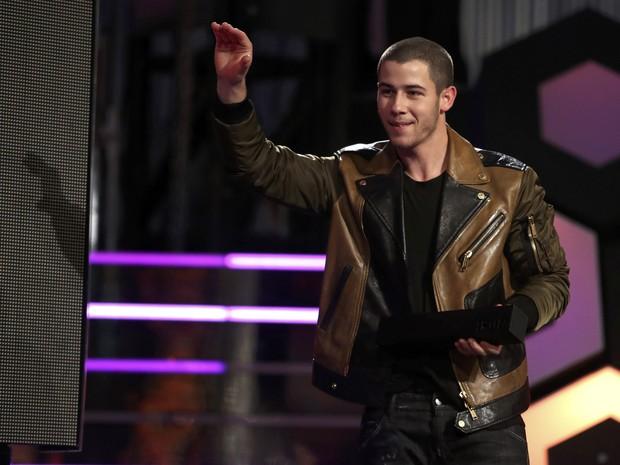 Nick Jonas em prêmio de música em Toronto, no Canadá (Foto: Fred Thornhill/ Reuters)