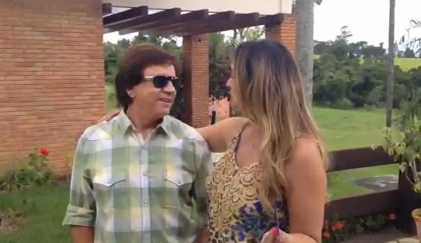 Em bate-papo familiar, Chitãozinho revelou ser fã de selfies para o site do Mais Caminhos (Foto: Reprodução )