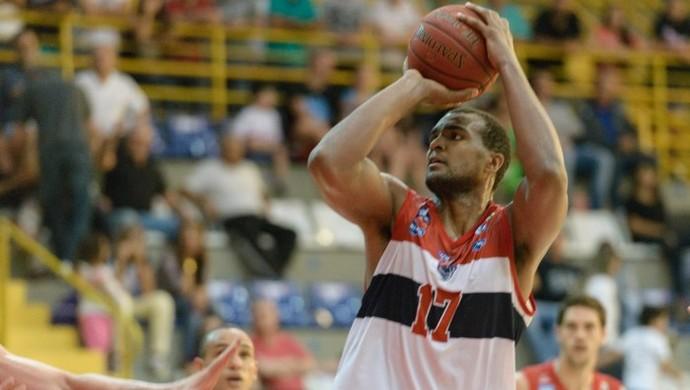 Lucas Mariano, Franca Basquete (Foto: Newton Nogueira / LNB)