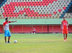 Nei Gaúcho, técnico Rio Branco-AC (Foto: Duaine Rodrigues)