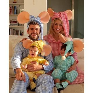 Shakira, Gerard Piqué e os filhos (Foto: Reprodução/Instagram)