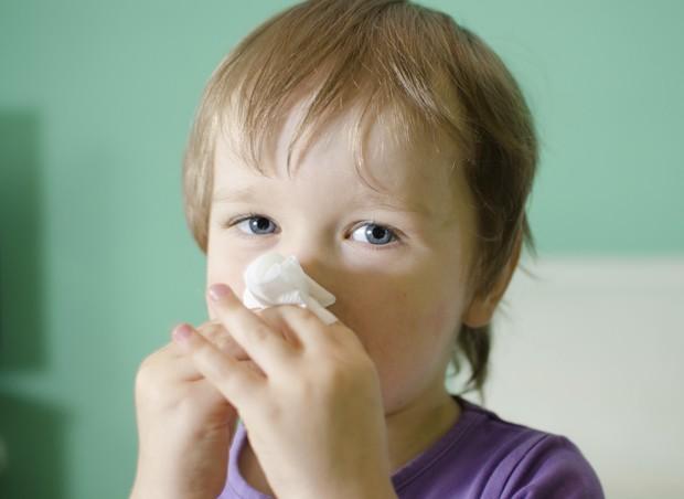 criança; tosse (Foto: ThinkStock)