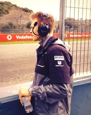 Kevin Magnussen em Jerez, durante os treinos de pré-temporada da F-1 (Foto: Divulgação)