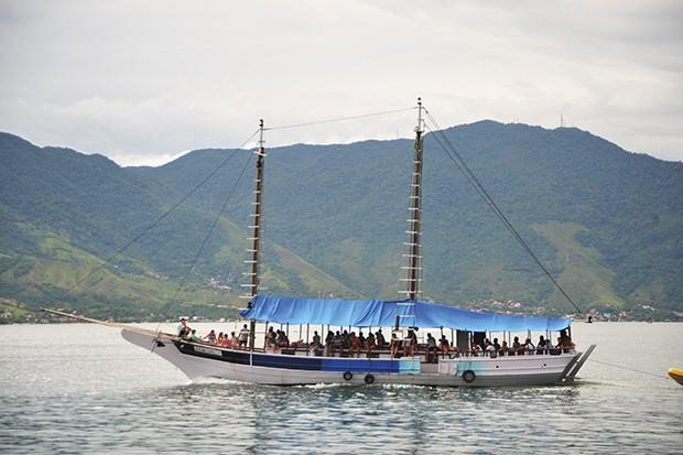 Várias embarcações saem do perequê para explorar outros pontos da ilha.  (Foto: Thinkstock)