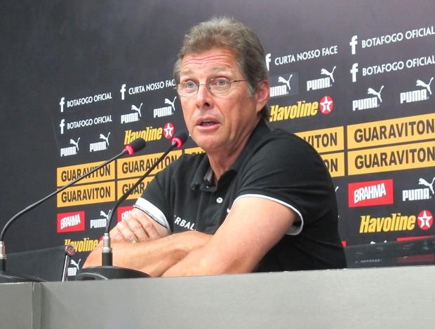 Oswaldo de Oliveira, Botafogo (Foto: Thales Soares / Globoesporte.com)