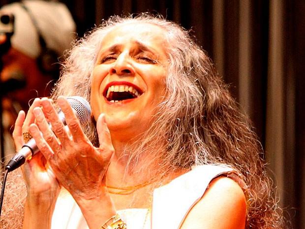 Maria Bethânia em show de reabertura  (Foto: Manu Dias/GOVBA)