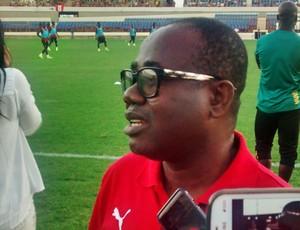 Kwesi Nyantakyi, presidente da Federação Ganesa de Futebol explica escolha por Maceió (Foto: Henrique Pereira/ GloboEsporte.com)