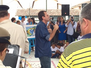 Eduardo Paes em inauguração na Zona Oeste do Rio (Foto: Mariucha Machado/G1)