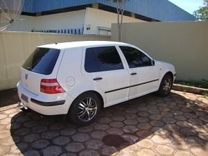 Apreensão em Itumbiara: carro usado na distribuição de drogas (Foto: Divulgação/Polícia Civil)