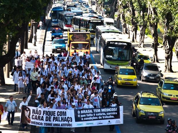 Médicos realizam protesto no Rio  (Foto: Reynaldo Vasconcelos/Futura Press/ Estadão COnteúdo)