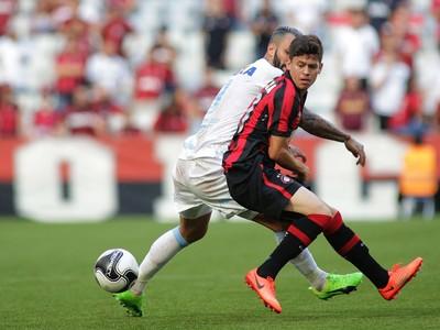 Atlético-PR, Londrina, Arena da Baixada, Bidía, Matheus Rossetto (Foto: Giuliano Gomes/PR Press)