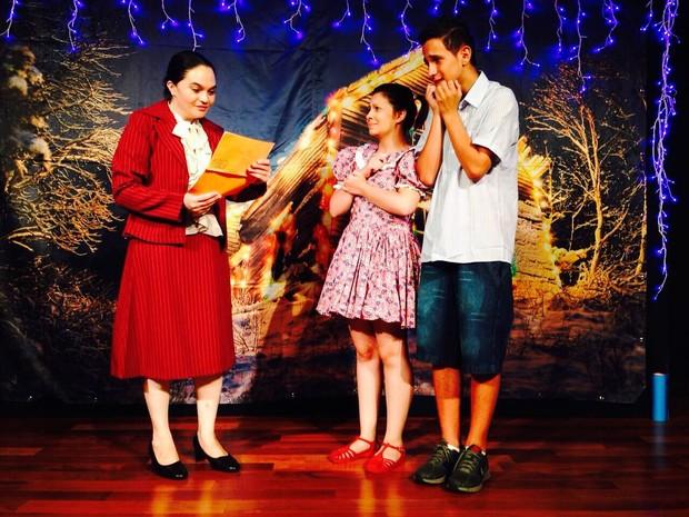 Cena da peça A Misteriosa Carta de Papai Noel (Foto: Divulgação/ Cia. Arte & Manhas)