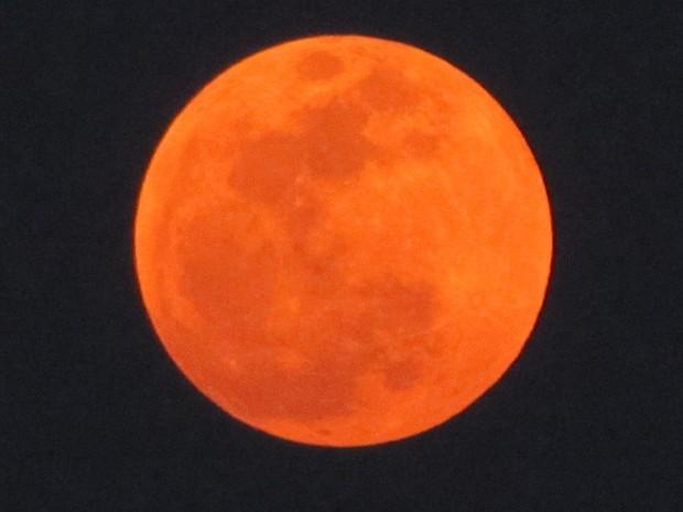 f22a38ddc Lua vermelha também foi registrada pelo servidor Gleive Rodrigues (Foto:  Divulgação/Gleive Marcio