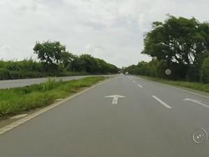 Último trecho duplicado da Raposo Tavares até Ourinhos (Foto: Reprodução/ TV TEM)