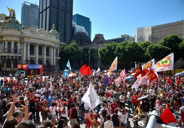 Sindicatos fazem nova queda de braço com governo Temer no Dia do Trabalhador