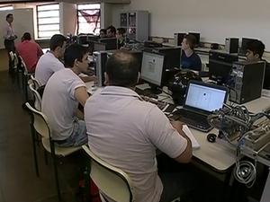 MEC indica elevação de 70% no número de matrículas em cursos (Foto: Reprodução/TV TEM)