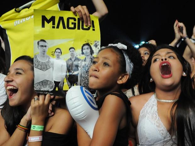 Fãs do Magic! gritam durante o show da banda de reggae no Rock in Rio (Foto: Alexandre Durão/G1)
