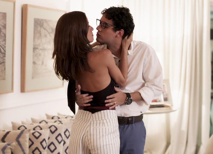 Andrea e Henrique serão vizinhos de Brau (Foto: TV Globo)