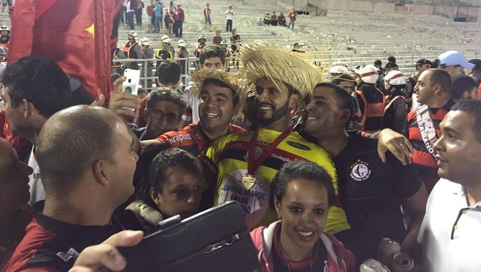 Campinense, comemoração, título paraibano, final, paraibano 2016, Glédson (Foto: Silas Batista / GloboEsporte.com/pb)
