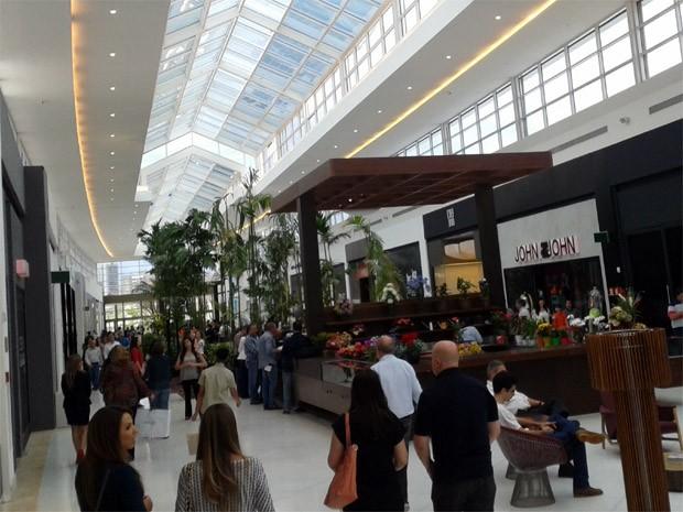 da106cd0fd G1 - Inauguração do Shopping Iguatemi amplia mercado de luxo em ...