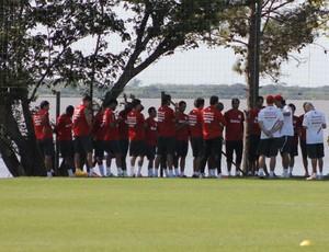 Fernandão promove reunião com o grupo do Inter (Foto: Diego Guichard/GLOBOESPORTE.COM)