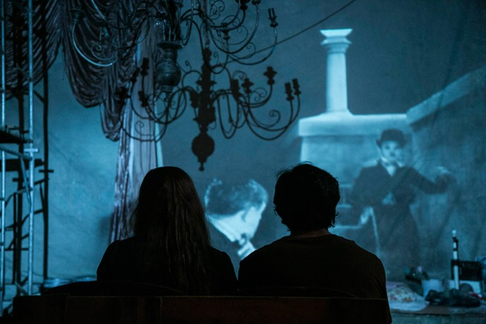 A história de 'Luzes da Cidade' remete à história de Jonatas e Eliza (Foto: Raphael Dias / Gshow)