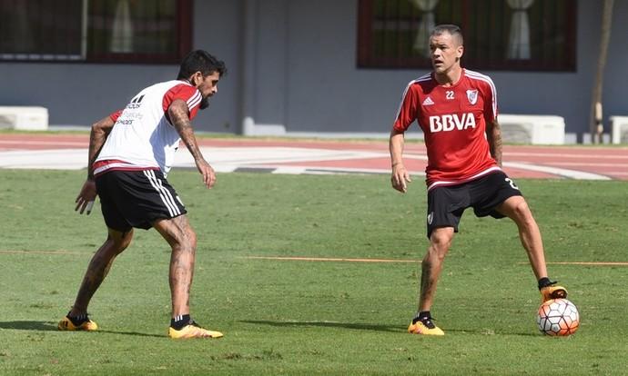 D'Alessandro treino River Plate (Foto: Divulgação)