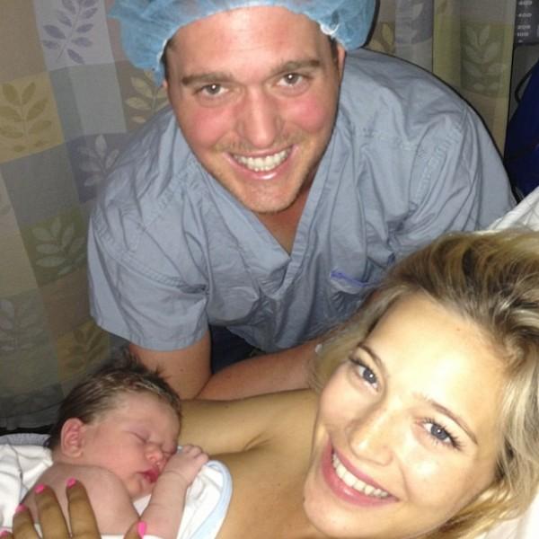 Michael Bublé e Luisana Lopilato com filho (Foto: Instagram)