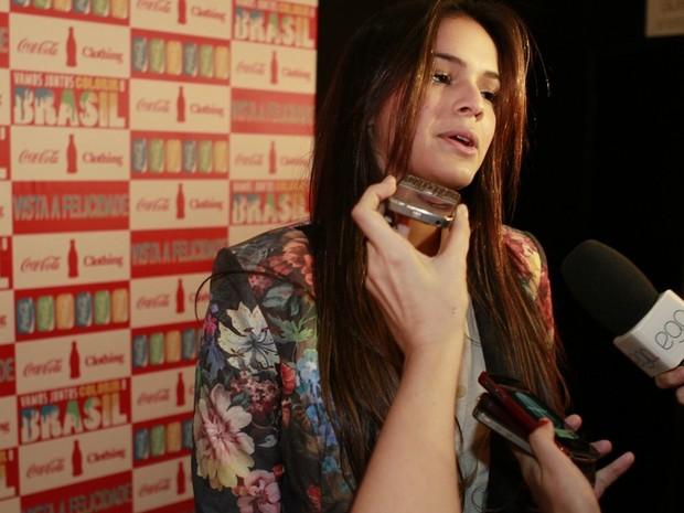 Bruna Marquezine no Fashion Rio (Foto: Isac Luz / EGO)