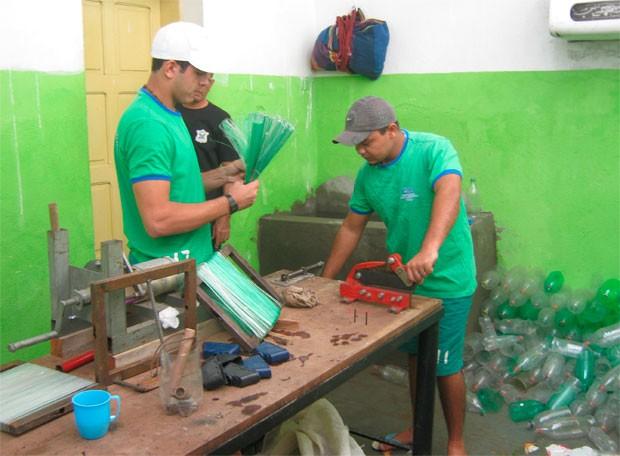 Presos do CDP de Jucurutu têm jornada de 8 horas de trabalho (Foto: Divulgação/Sejuc/RN)