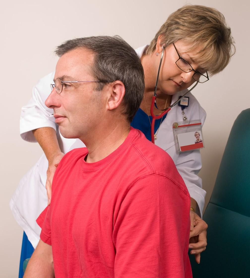 Gripe, pneumonia e outras infecções respiratórias aumenta o risco de infarto, segundo estudo (Foto: CDC/ Amanda Mills)
