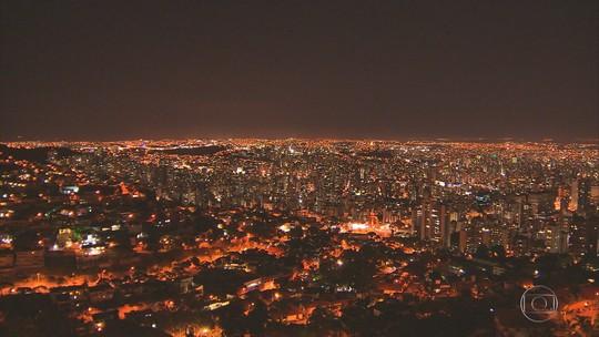 Prefeito de Belo Horizonte assina PPP para troca de iluminação pública e destaca economia nos gastos