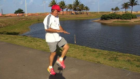 """Para se livrar do cigarro, atleta aposta em corridas de rua: """"A vida é melhor"""""""