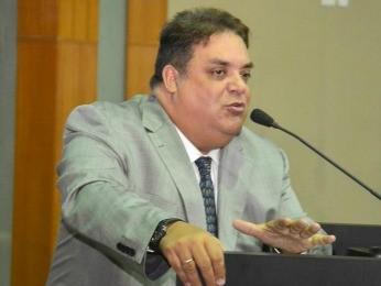 Deputado Gilmar Fabris (PSD) é acusado de liderar esquema de cartas de crédito (Foto: Ronaldo Mazza/ AL-MT)