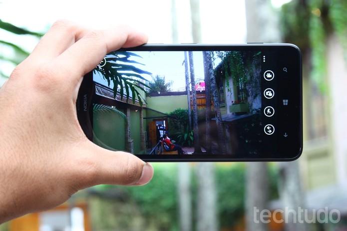 Câmera Lumia 1320  (Foto: Allan Melo/ TechTudo)