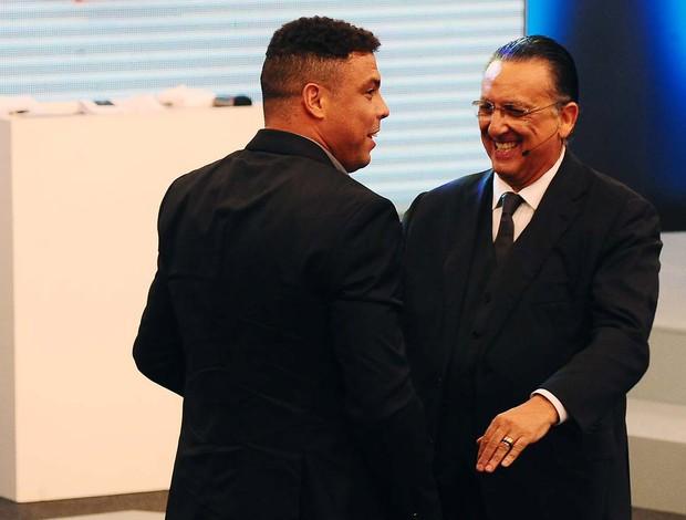 Ronaldo Galvão Bueno bem amigos (Foto: Marcos Ribolli)