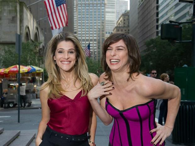 Ingrid Guimarães e Maria Paula nas filmagens da comédia 'De pernas pro ar 2' (Foto: Divulgação)