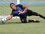 Surpresa na lista da Taça Libertadores, goleiro Diego renova até o fim de 2018