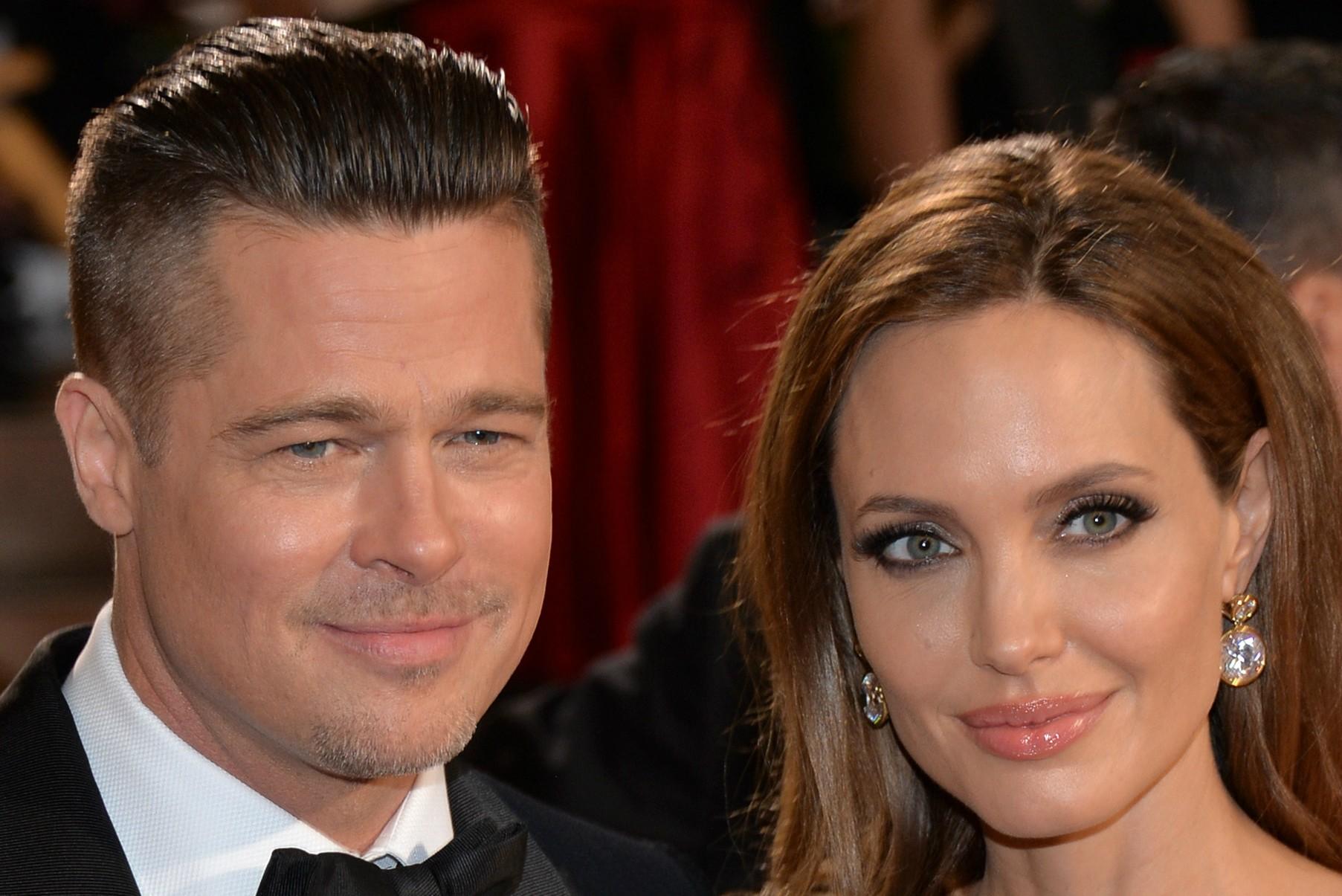 Alguma lista de mais sexy fica completa sem eles? Os atores Brad Pitt e Angelina Jolie. (Foto: Getty Images)